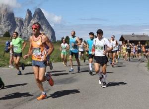 Alpe-Siusi-maratonina-photo COMetaPRessBrenaCanonDigital