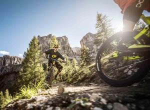 dolomiti alta badia mountain bike photo credit molography.it
