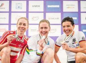 Sellaronda_Hero_2015_Valgardena_mountain_bike_15_UCI WCS_Award_Podium Women_Dahle Flesjaa_Langvad_Spitz_1