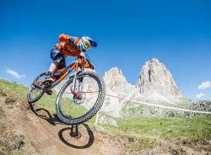 Sellaronda_Hero_2015_mountain_bike_enduro_02_ph_www.wisthaler.com