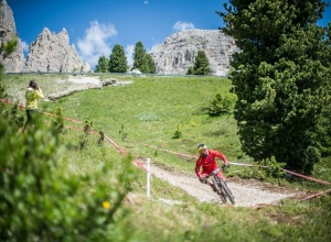 Sellaronda_Hero_2015_mountain_bike_enduro_07_ph_www.wisthaler.com