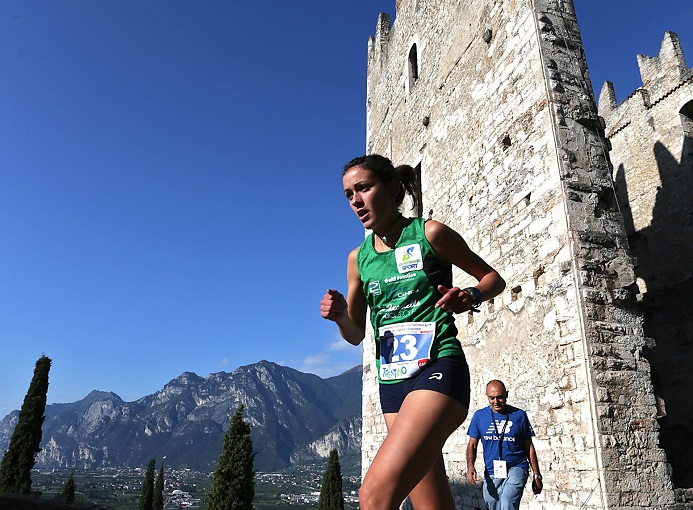 castle_mountain_running_2015_arco_trento_galassi_ph_newspower_canon