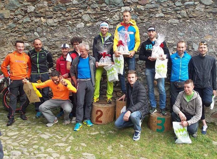 valgoglio-this-is-vertical-2015-premiazione-maschile-photo-credit-elisa-cunaccia