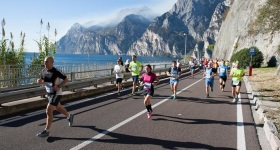 Garda-Trentino-Half-Marathon-2015-photo-credit-Matteo-Bridarolli (6)