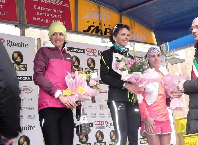 Il podio femminile della Maratona di Reggio Emilia