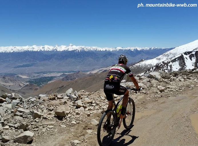 marzio_deho_himalayan_highest_mtb_2015_ph_www.mountainbike-wwb.com