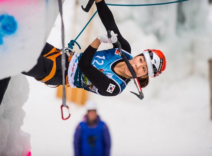corvara-2016-arrampicata-photo-credit-Patrick-Schwienbacher5