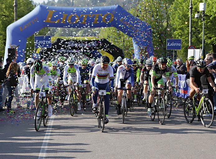 granfondo_Liotto_Vicenza_2016_Partenza03_ciclismo_ph_Newspower_Canon