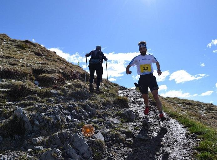 Bonfanti in discesa al Formico Trail 2016 ph Enula Bassanelli