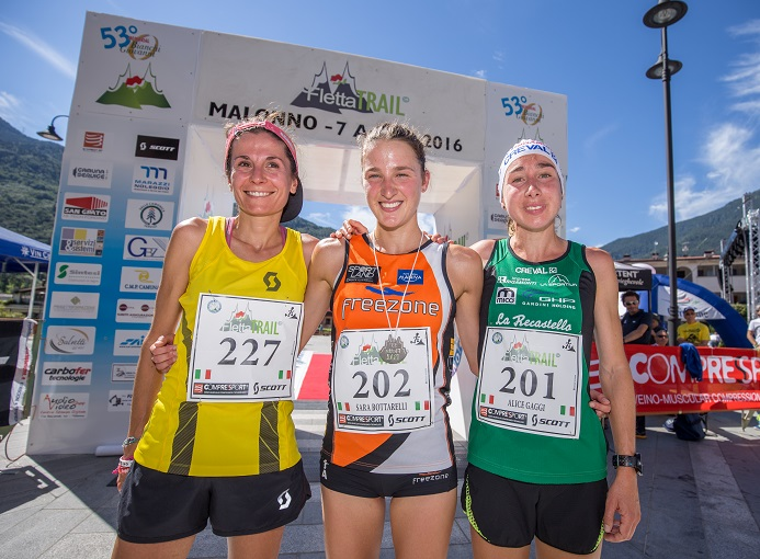 Il podio femminile del Fletta Trail 2016: Sara Bottarelli, Elisa Desco e Alice Gaggi - ph. credit Alexis Courthoud