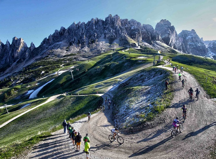 hero_suedtirol_dolomites_2016_mtb_ciclismo_freddy_planinschek_03