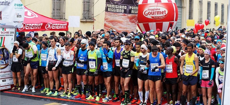 La partenza della Maratona di Reggio Emilia (20ª edizione, anno 2015)
