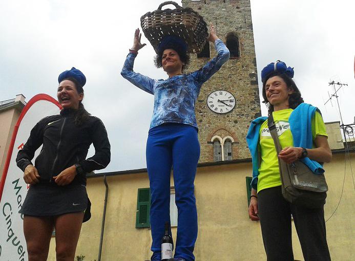 cinzia bertasa sciacchetrail 2017 cinque terre
