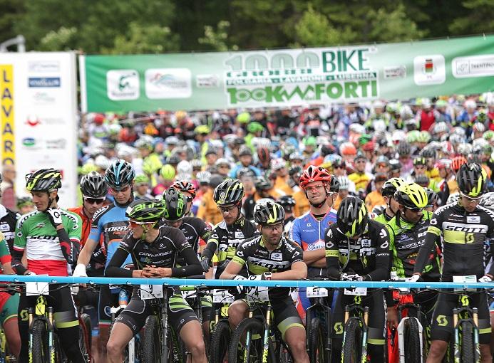 100_km_dei_forti_Lavarone_2017_mtb_newspower_partenza