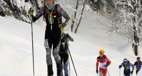 Andrea Prandi in testa alla gara u23 del campionato italiano 2021 di scialpinismo giovani