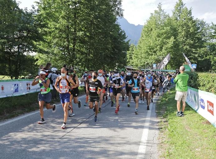 Primiero Dolomiti Marathon start 42 km